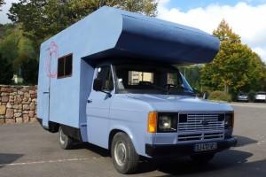 Camping Car bleu