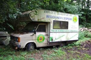 ici se trouve l'image du camping car avant que le projet ne débute